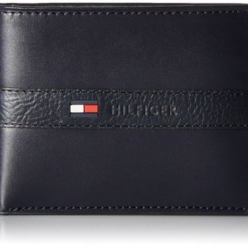 Tommy Hilfiger Men's Ranger Leather Passcase Wallet with Removable Card Holder,Navy,One Size