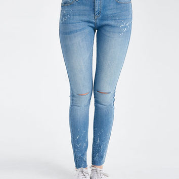 Bleach Splatter Frayed Hem Skinny Jeans| Wet Seal