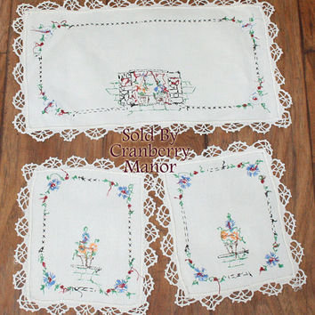 Embroidered Linens, Boudoir Linen Set, White Lace Doily, 3 Vanity Doilies Lamp Pin Tray Dresser Accessories, White Floral Vintage Home Decor