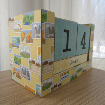 Perpetual Wooden Block Calendar - Postcards from Vacation - Travel Design