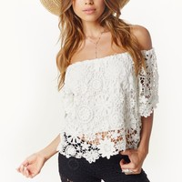 CARIBBEAN CROCHET CROP BLOUSE
