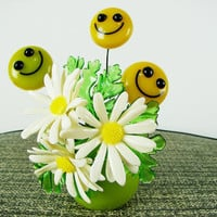 VINTAGE 1960s Flower Child Smiley Face LUCITE Paper Weight Sculpture Flowers