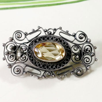 Vintage Italy 800 Silver Brooch Natural Citrine November Birthstone Beautiful Fine Filigree Lace Like Setting Well Made Perfectly Giftable