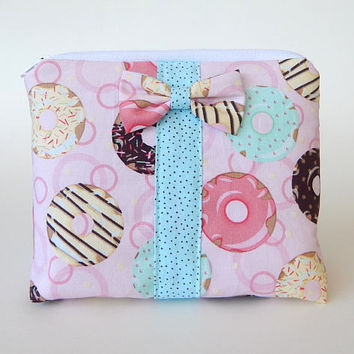 Donut Makeup Bag / Cosmetics Pouch / Donuts / Makeup Clutch / Zipper Make Up Bag / Pink / Bow Clutch / Colorful Bag /Doughnut