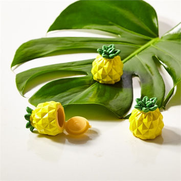 TROPICAL PINEAPPLE SCENTED LIP GLOSS