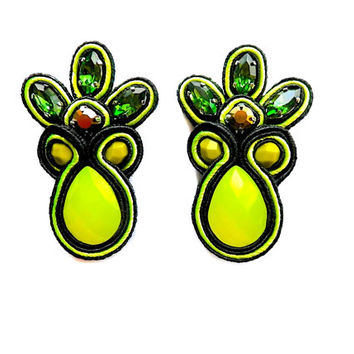 PINEAPPLE soutache earrings in green and neon lime. Free shipping!