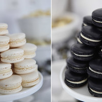 {BN Black Book of Parties} Black and White Dessert Table