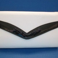 Vintage 80s Black Patent and White Envelope Clutch Purse With Crossbody Strap