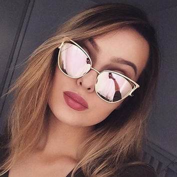 Cat Eye Female Sunglasses Women 2017 Rose Gold Matel Driving Cateye Glasses Retro Sexy Occhiali da sole Sunglases Lunette Femme