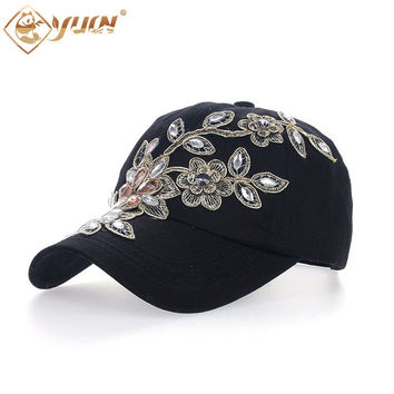 2016 Vintage Style Adjustable Hat Floral Embroidery Rhinestone Curved Baseball Cap For Women B038