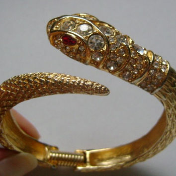 Dazzling KJL Kenneth Jay Lane Gold Tone And Crystal Wrap Around Coil Snake Hinged Bangle Bracelet Snake Red Ruby Rhinestone Eyes Weight 45.3