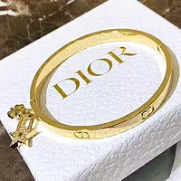 DIOR High Quality Fashion New Letter Diamond Star Women Bracelet Golden