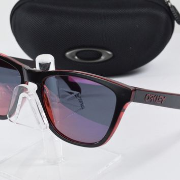 Display Model Oakley Frogskins Eclipse Red Torch Iridium Sunglasses OO9013-A7