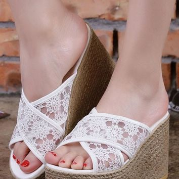 New Women White Round Toe Wedges Lace Casual Heavy-Soled Slippers