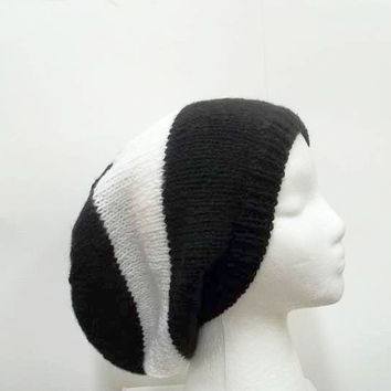 Black and white large stripe slouchy beanie hat  5220