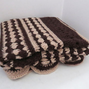 Vintage brown and tan crochet afghan throw blanket 59 x 44 in