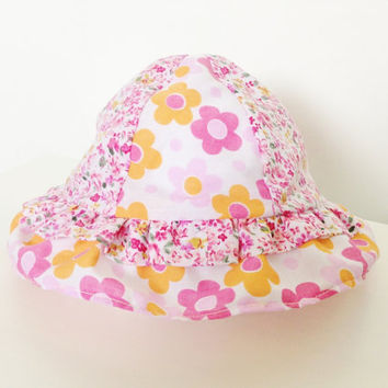 Baby girls sunhat 0-6mths, orange and pink daisies, baby vacation clothing, summer baby, infant girl, baby girl clothing, Etsy UK