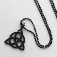 BLACK TRIQUETRA TRINITY CELTIC KNOT Norse Viking Magic Charmed Pewter Pendant