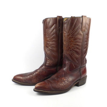 Starburst Cowboy Boots 1970s Distressed Burgundy Brown Leather men's size 9 D