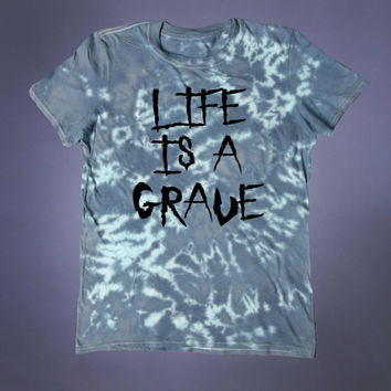 Death Shirt Life Is A Grave Slogan Tee 90s Grunge Creepy Cute Emo Satanic Alternative Acid Wash T-shirt