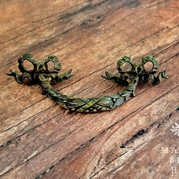 Ribbon & Bow Wreath Drawer Pull Vintage Brass Drawer Pulls Keeler Brass Co Drawer Pulls Handles Brown Cabinet Pull KBC Dresser Hardware
