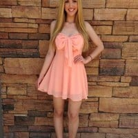 Peach Bow Sweetheart Strapless Dress