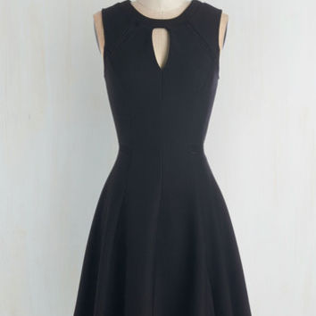 LBD Mid-length Sleeveless Fit & Flare Moxie Must-Have Dress in Black