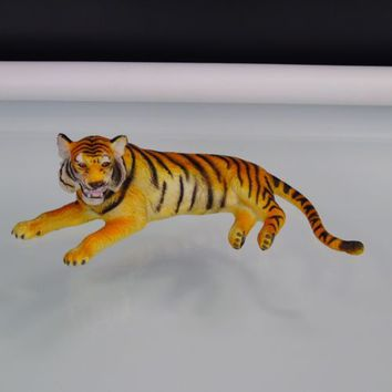 Bengal Tiger Realistic Wild Animal Figure Vintage Hard Rubber Toy AAA