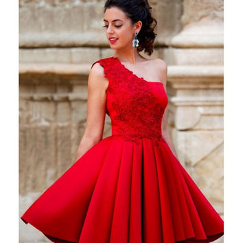 2016 New Red Short Cocktail Dresses Vestidos de Renda A Line Appliqued One Shoulder Homecoming Dresses  AP035