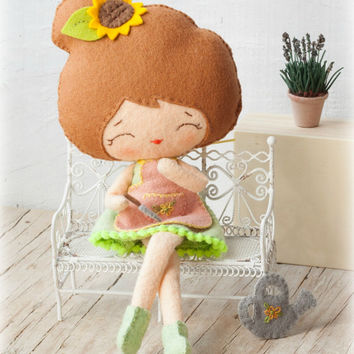 PDF pattern. Florist doll. Plush Doll Pattern, Softie Pattern, Soft felt Toy Pattern.