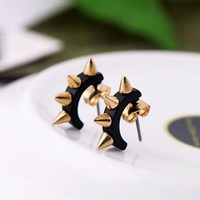Pair of Punk Retro Style Rivet Embellished Women's Earrings