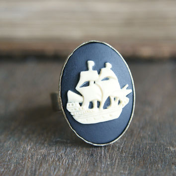 Shipyard Cameo Ring