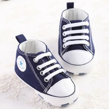 Newborn Baby canvas shoes Baby girls boys Moccasins soft bottom Classic Sports Sneakers brand Football Shoes Kids First Walkers