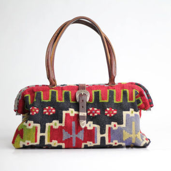 80s vintage kilim and leather handbag / vintage by VerseauVintage