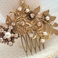 Bridal hair comb, vintage style hair comb, wedding headpiece, antique brass hair accessory, leaf hair comb