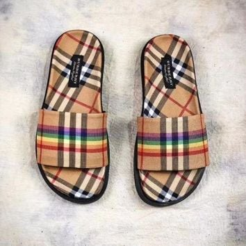 CREYXF7 Burberry Rainbow Vintage Check Slides Vintage Flats Always Fashion Slippers 'Retro Yellow Rainbow Plaid'