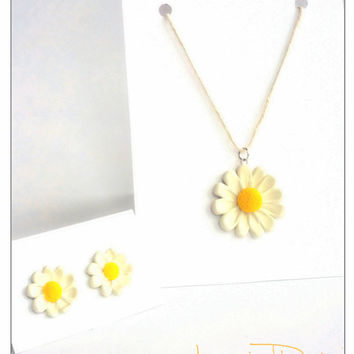 Birthday Gift For Best Friend Camomile Flower Jewelry Set, December Gift, Polymer Clay Jewelry, Stocking Stuffer, Christmas Sale, Gifts