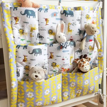 New  brand baby bed crib rooms nursery hanging storage bags for home decorations organizer pocket closet bag organizadora