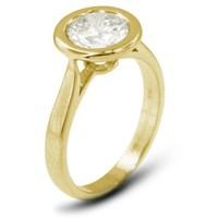 18k Gold Halo Solitaire Engagement Ring