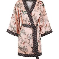 Selina Mid Pink Floral Satin Robe | New Look