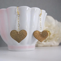 Full of Love Hearts Romantic Long Dangling Modern Earrings Raw Brass Hammered Hearts 16k Gold Plated Heart Chain Earrings