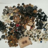 Large Lot Antique & Vintage Buttons Shank Drilled Mother of Pearl Vegetable Etc
