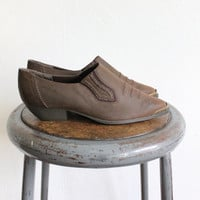 Vintage 80s Brown Pointed Western Flats // Women's Booties // Shoes Sz 7.5