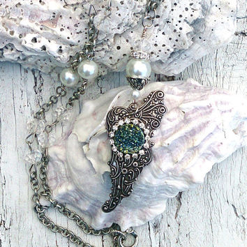 Druzy Wing Necklace, Gemstone NeCkLaCe, Crystal and Pearls, Wing Jewelry, Antique Silver