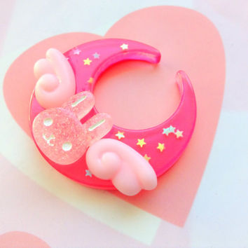 Fairy Kei Dark Pink Moon Hair Clip, Angel Bunny Brooch Pin, Moon Rabbit Hair Clip, Kawaii Bunny Hair Clip, Cute Animal, Lolita Pastel Goth
