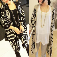 Vintage Womens Geometric Tribal Batwing Cardigan Knit Sweater Knitwear Tops