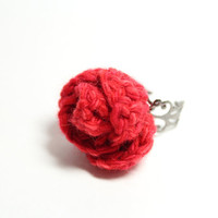 Red rose ring. Poppy Red colored flower ring. Red crochet ring.