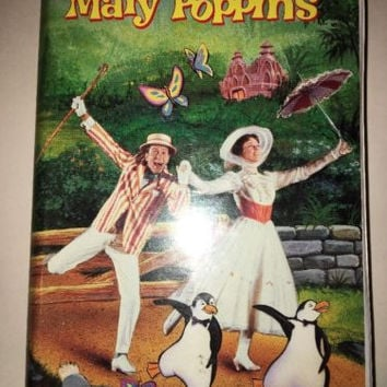 Mary Poppins WALT DISNEY VHS #023 CLAMSHELL RARE COLLECTIBLE VINTAGE