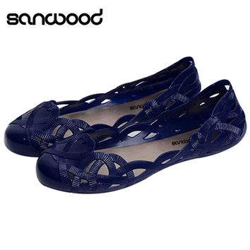 Hot Fashion New Women's Summer Hollow Pattern Sandals Casual Beach Flat Nurse Jelly Shoes