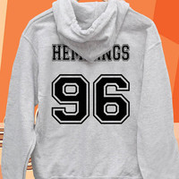 Luke Hemmings 96 date of birth Pullover hoodies Sweatshirts for Men's and woman Unisex adult more size s-xxl at mingguberkah